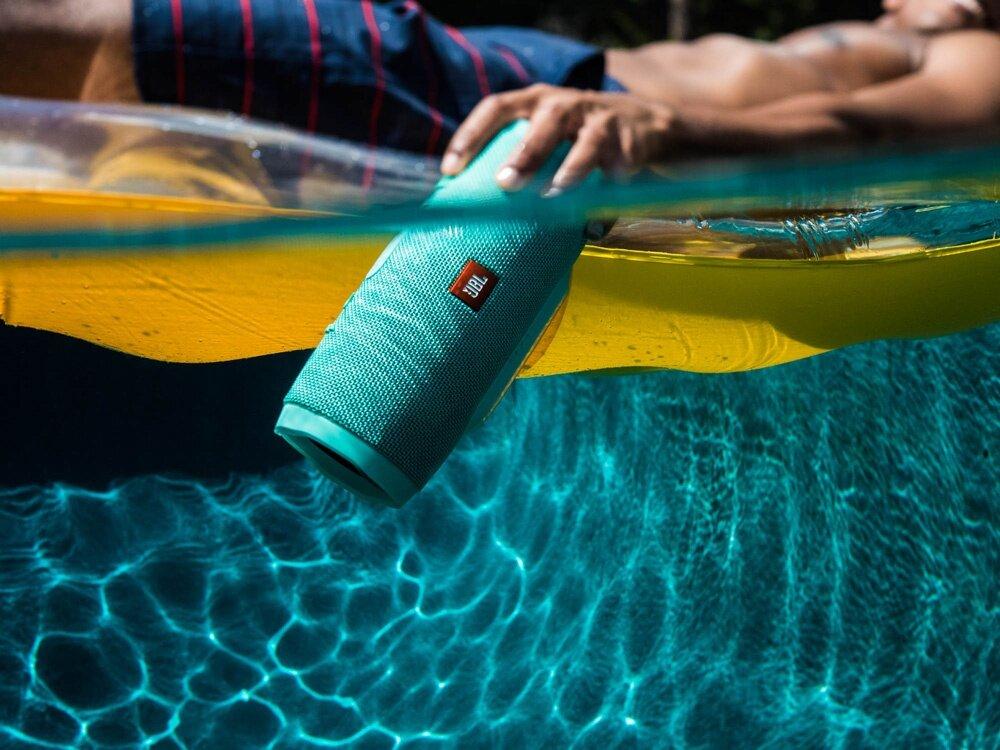 photo Lifestyle-image---JBL-Charge-3-Underwater_0307_zpstgny1zsn.jpg