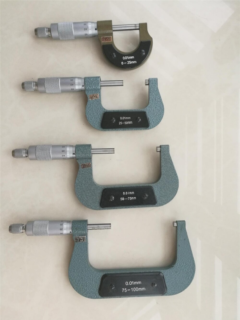 0-25mm Outside Micrometer / External Micrometer