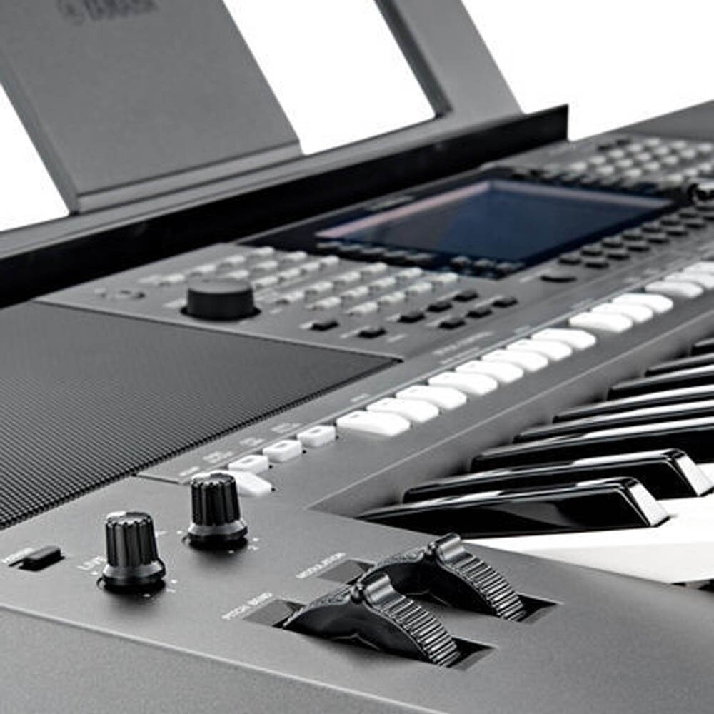 61 Key Yamaha PSR-S770 Organ Initial Touch 830 Voices 36 Drum/SFX Kits  1,200 Records 5 Sample Songs Malaysia